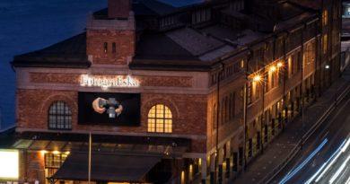 Hasselblad öppnar nu sin första butik i Sverige – på Fotografiska i Stockholm. Ett första steg i ett större samarbete.